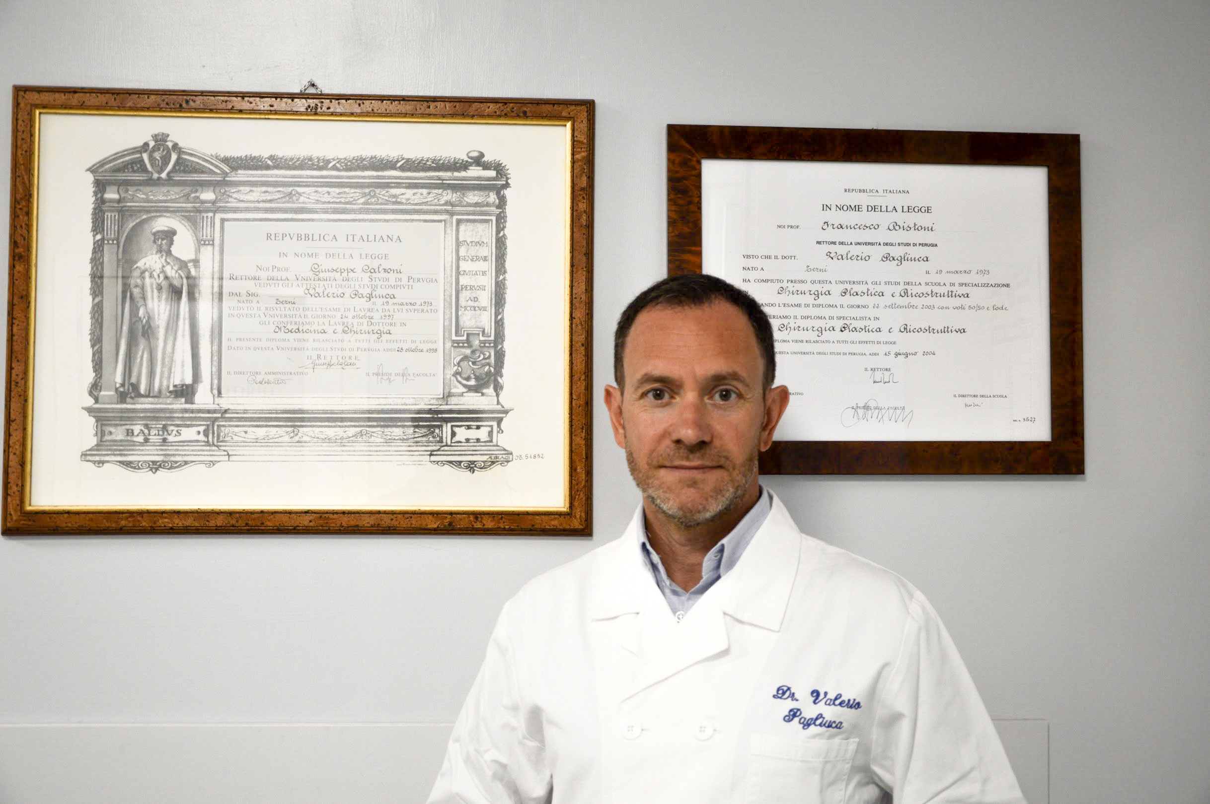 Curriculum Dr. Valerio Pagliuca Chirurgo Plastico